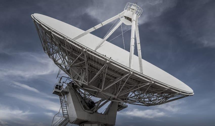 зачем нужны радиотелескопы, радиотелескоп, антенны радиотелескопов, радиотелескоп фото