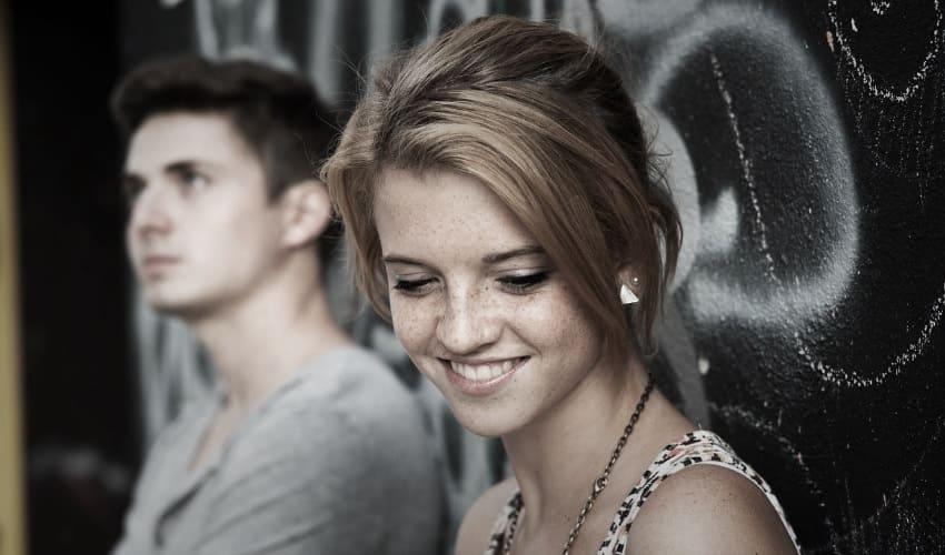 застенчивость. застенчивость это, что такое застенчивость, ситуативная застенчивость, причины застенчивости, проявления застенчивости