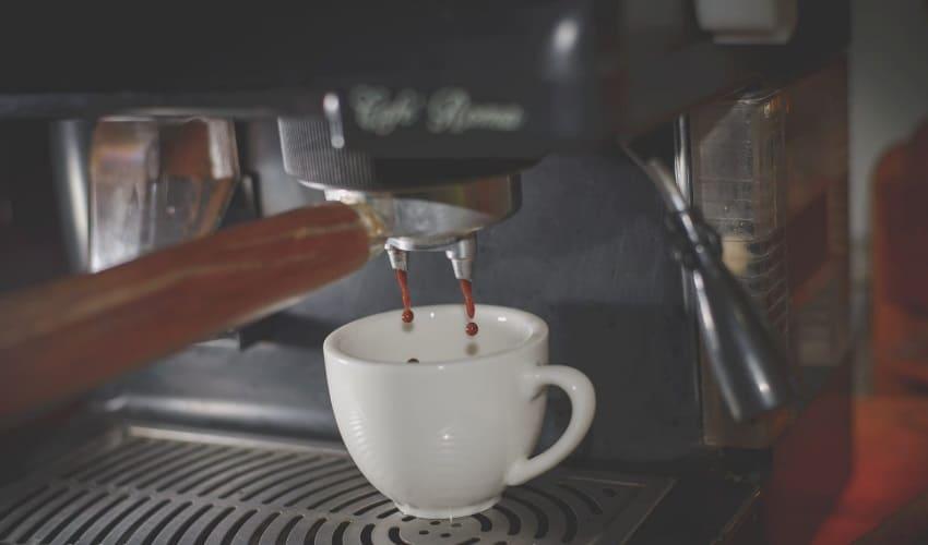 как кофеварка варит кофе, кофеварка, как работает кофеварка, виды кофеварок