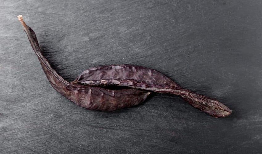 что общего между каратом и семенами рожкового дерева, карат, семена рожкового дерева, плоды рожкового дерева, стручок рожкового дерева