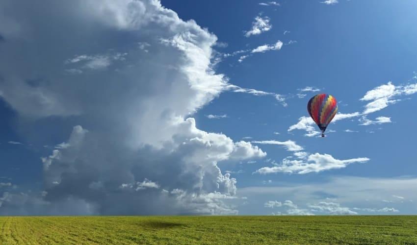 Как облака плавают по воздуху?