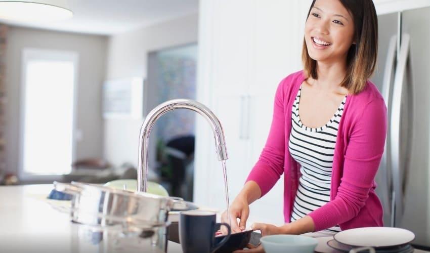 почему мне надо помогать по хозяйству, помогать по хозяйству, помощь по хозяйству, домашняя работа