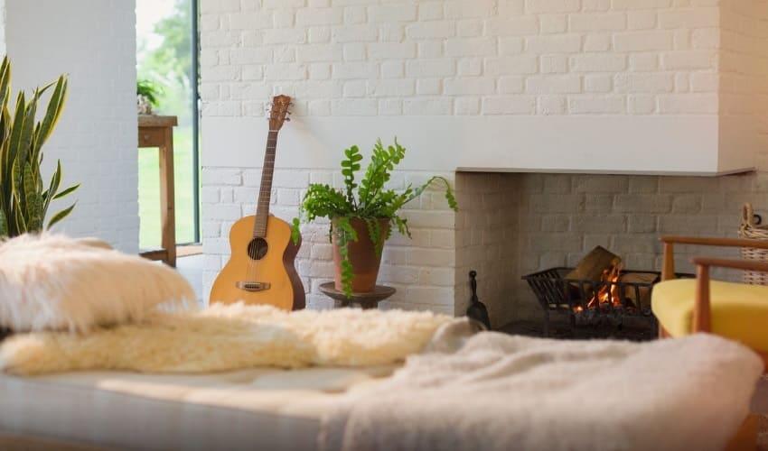во всех ли домах есть удобства, во всех ли домах есть электричество, во всех ли домах есть камины