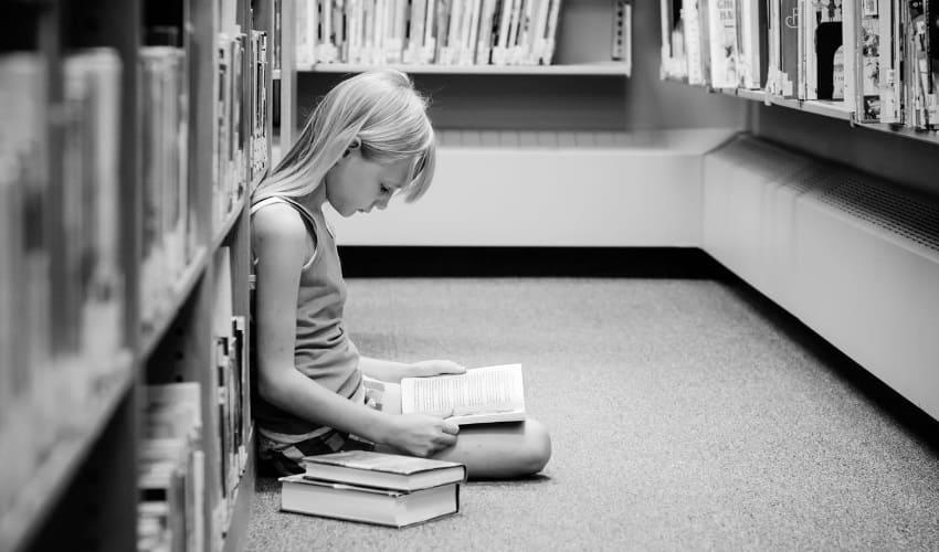 почему мне надо часто посещать библиотеку, почему надо посещать библиотеку, посещать библиотеку, посещение библиотеки, школьная библиотека