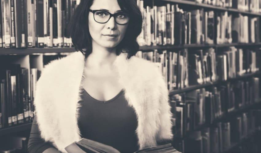 чем занимается библиотекарь, библиотекарь, специальность библиотекаря, обязанности библиотекаря, задача библиотекаря