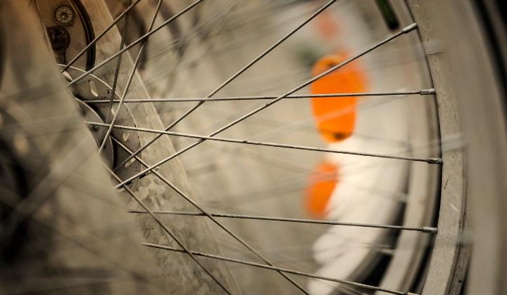 для чего велосипеду или скутеру нужны дорожные отражатели, для чего нужны дорожные отражатели, дорожные отражатели, для чего велосипеду нужны дорожные отражатели