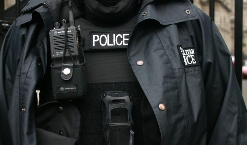 как милиционеры и полицейские служат обществу, как милиционеры служат обществу, как полицейские служат обществу, милиционеры, полицейские