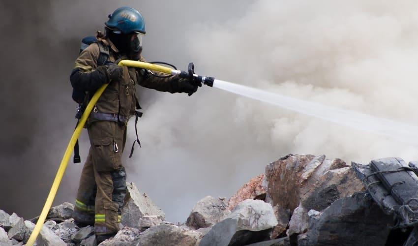 как пожарные служат обществу, пожарные, пожарники, как пожарные служат, пожарные служат обществу, пожарные работают