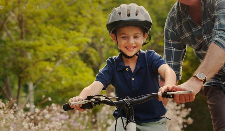 зачем нужен велосипедный шлем, зачем надевать велосипедный шлем, велосипедный шлем