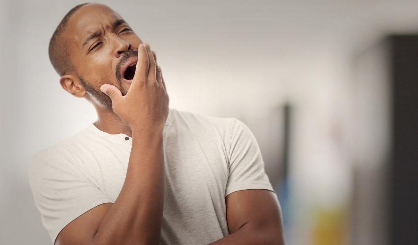 Почему люди зевают?