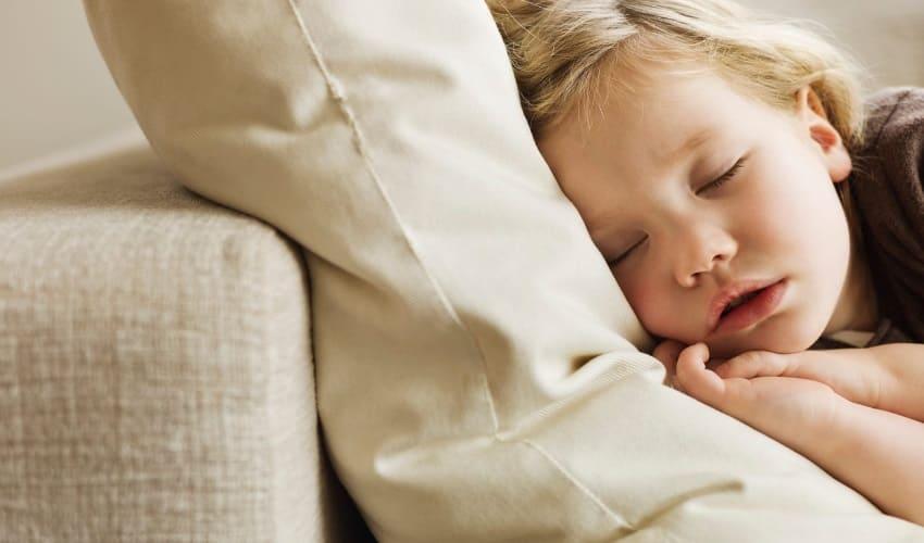 почему иногда дети мочатся ночью в постель, почему дети мочатся в постель, почему дети мочатся