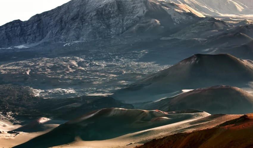 вулканы и впадины океании, вулканы океании, впадины океании