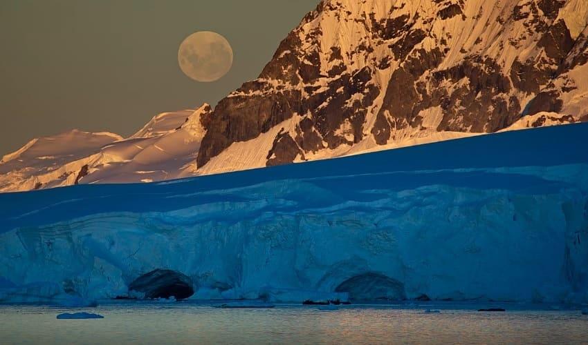континент антарктида, самый холодный континент