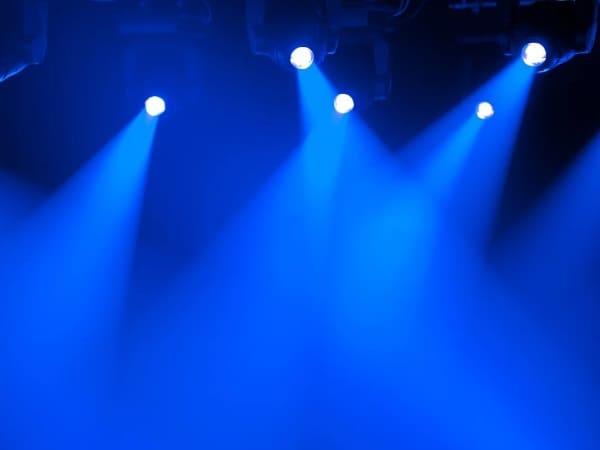Точечное освещение позволяет добиваться поразительных эффектов