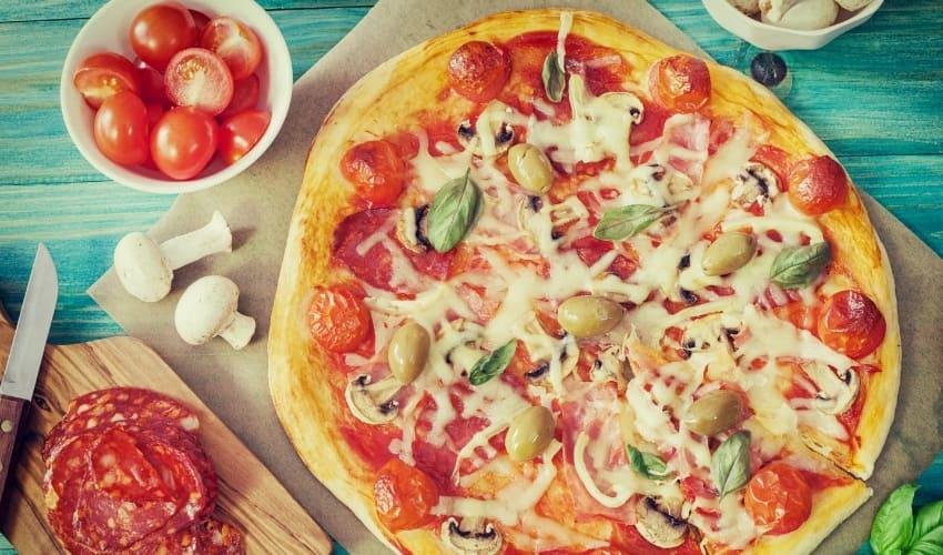 Где недорого заказать пиццу в Тюмени?